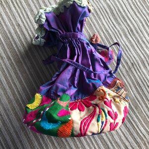 🚨Vintage Bag🚨Silk  Embroidery Bag